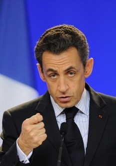 Sarkozy calls G20 for the plan for economy recovery