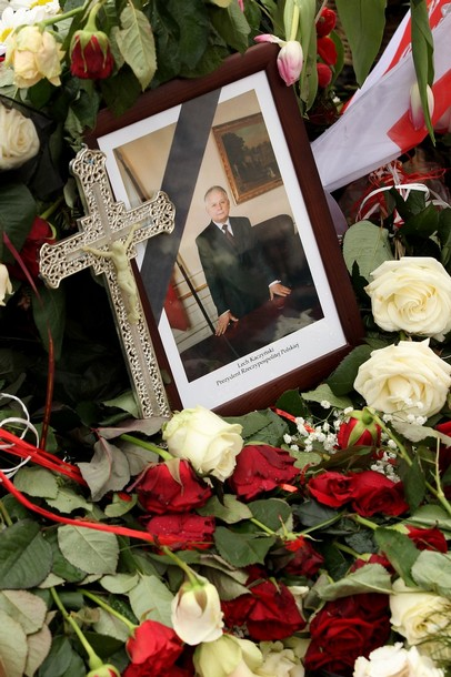 Poland mourns president`s death