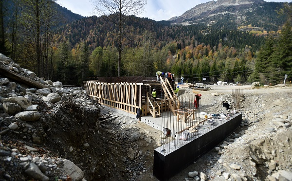 Four bridges are currently being constructed in Chuberi