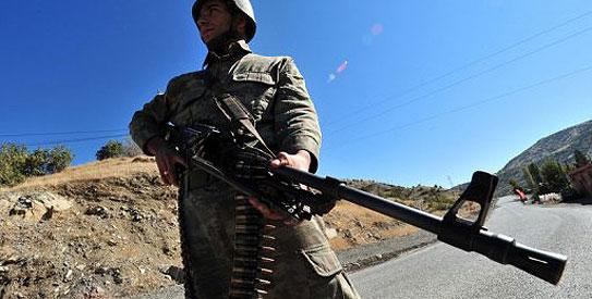 Turkish air strike kills 23 Kurds near Iraq border