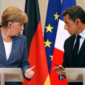 Sarkozy, Merkel to meet over eurozone crisis