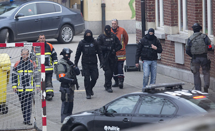 Bomb blast hits crime laboratory in Brussels
