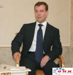 Dmitri Medvediev said he is not asking other states to recognize S.O. and Abkhazia