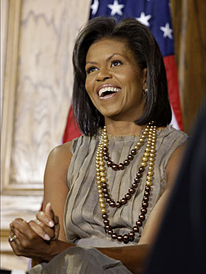 Michelle Obama makes Twitter debut