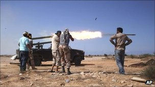 Libya NTC interim forces launch Sirte attack