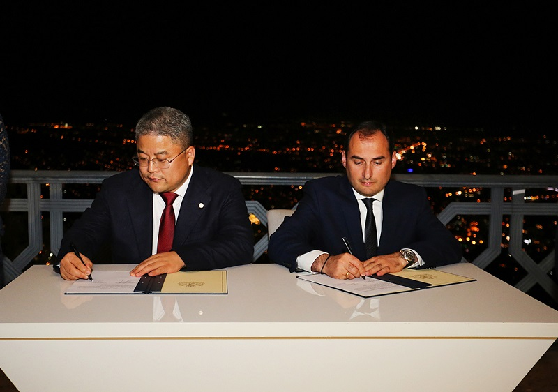 Dmitri Kumsishvili signed cooperation  agreement with  CEFC China Energy