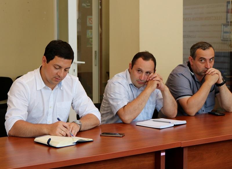 Archil Talakvadze met with NGO representatives